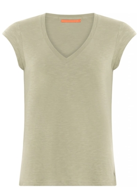 Coster Copenhagen - Basic Tee With V-Neck - Sea Grass