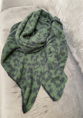 PIECES -  PCPYRON LONG SCARF - Green/Black